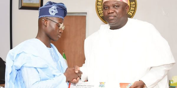 One day Governor 2016, Master Olaseinde Olufemi was received at the Exco Chambers, Governor's Office by His Excellency, Akinwunmi Ambode
